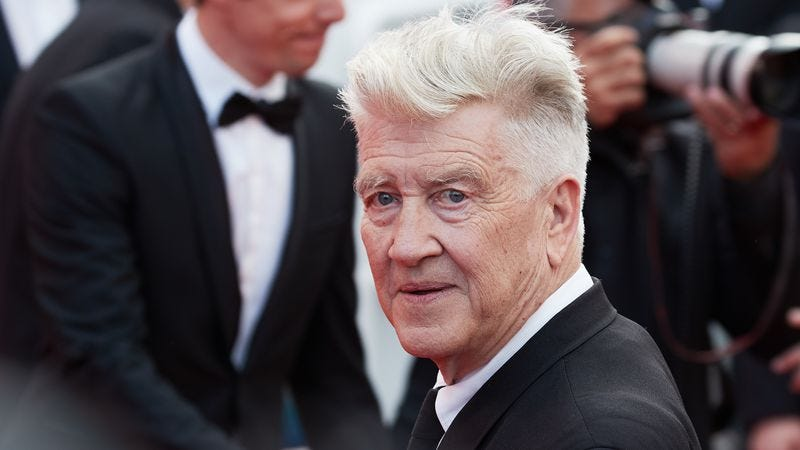 Lynch walks the Cannes red carpet on May 25. (Photo: Epsilon / Getty Images)