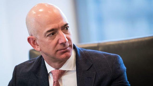 Senators Ask Jeff Bezos Just How Many Complaints Amazons Received