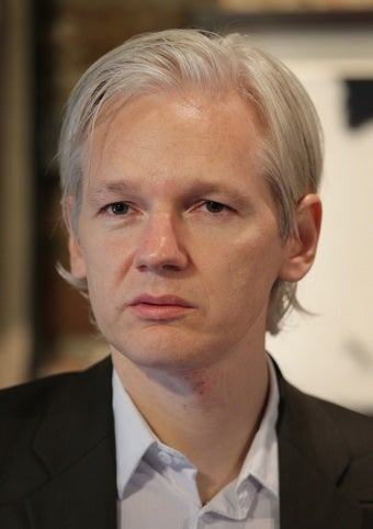 Illustration for article titled Rape Warrant For WikiLeaks Founder Dropped
