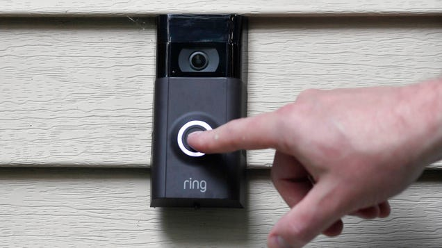 Ring s Security Update Isn t Enough, Sen. Ron Wyden Says