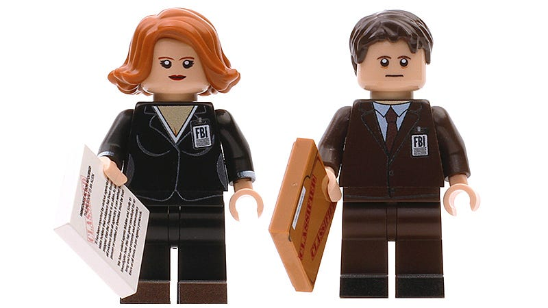 Illustration for article titled You Can Finally Buy the X-Files Minifigs That Lego Won't Make