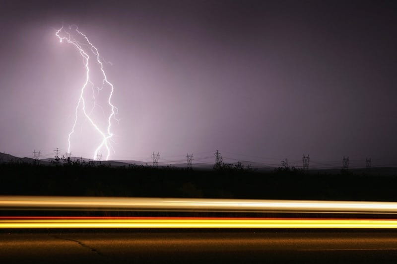 Illustration for article titled New Study Confirms Car Exhaust Increases Lightning Strikes