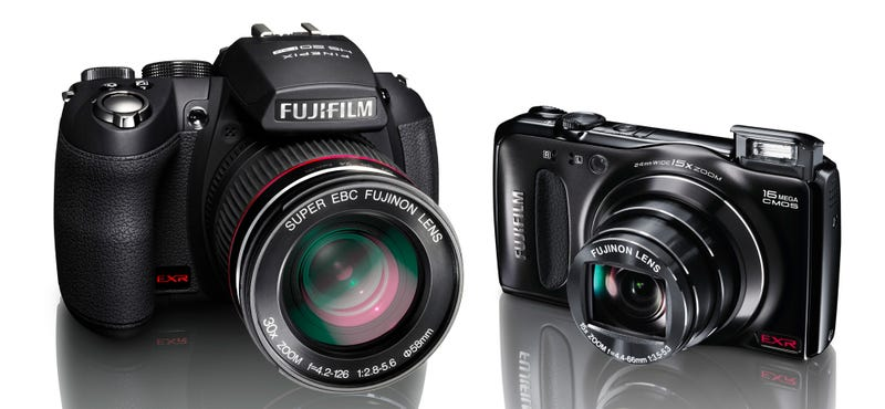 Illustration for article titled Fujifilm's Zoomy FinePix HS20EXR and GPS-Equipped, 1080p-Shooting FinePix F550EXR