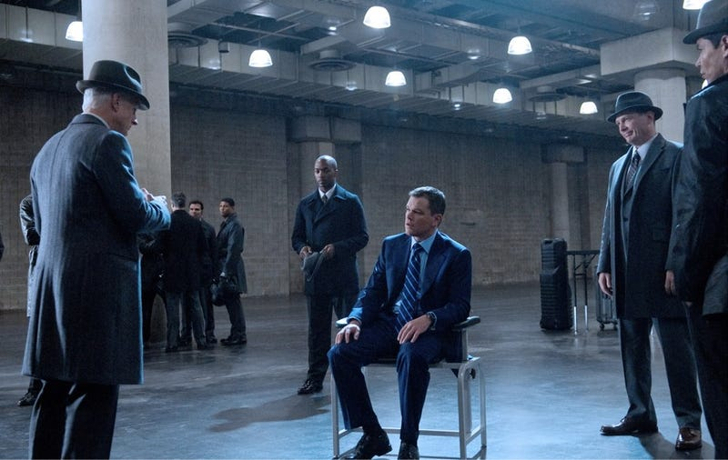 Syfy greenlights matt damon and ben affleck 39 s spy series for Bureau tv show