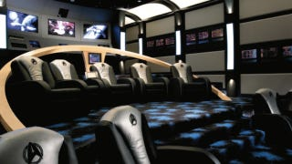 Illustration for article titled Ultimate Star Trek home theater plays movies on a Starfleet bridge