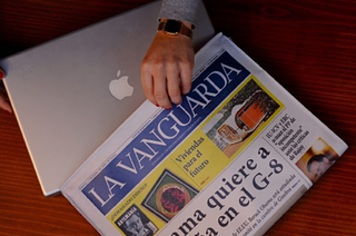 Illustration for article titled Newspaper Sleeve Obscures Your Laptop