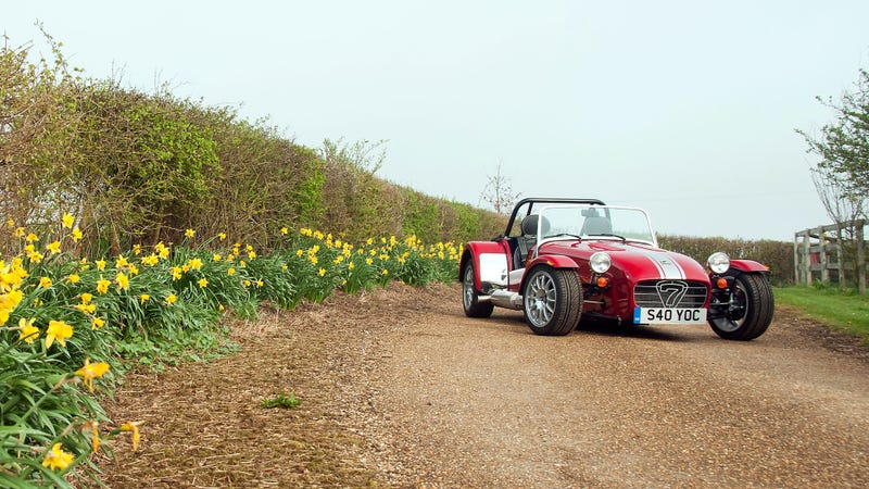 Illustration for article titled 40 Buyers Will Get A Special Caterham To Celebrate 40 Years Of Fun