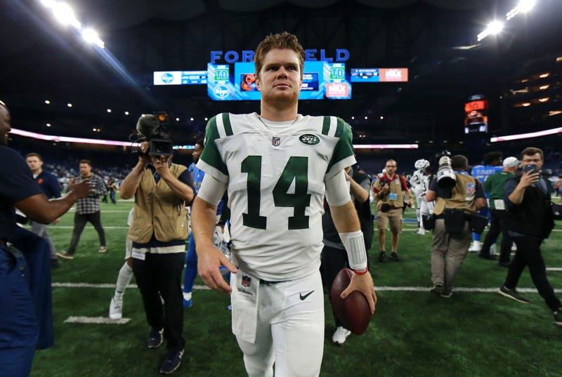 Illustration for article titled This Daily NewsSam Darnold Cover Is Terrible; I'm Dying