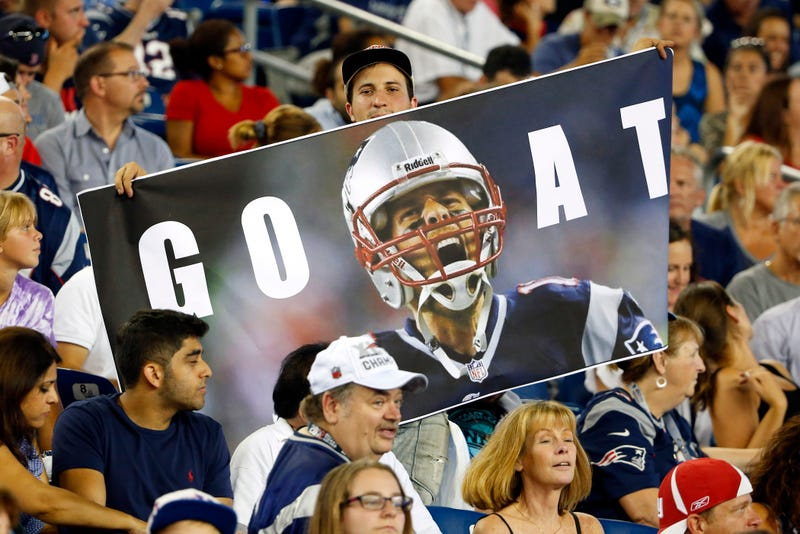 Illustration for article titled Patriots Planned To Raise A Tom Brady Banner If Brady Were Still Suspended