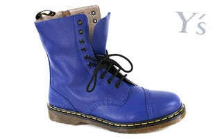 Illustration for article titled Is 26 too old to purchase your first pair of Doc Martens? WHAT IF THEY'RE BLUE?