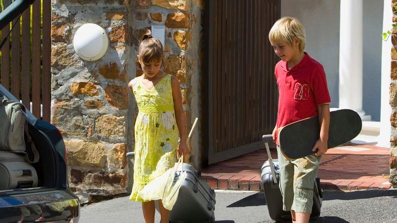 Illustration for article titled North American Children Begin Summer Migration To Dad's