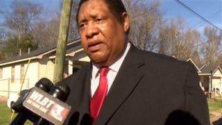Jackson, Miss., Ward 3 Councilman Kenneth Stokes sends a message Dec. 31, 2015, to neighboring police departments about safety concerns over high-speed car chases of misdemeanor suspects.WLBT News screenshot