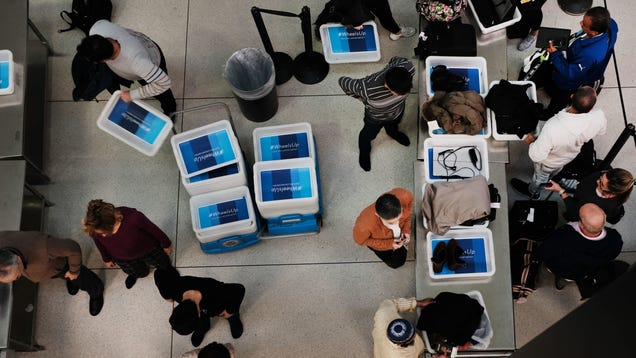 New TSA Scanners Mean the Era of Pulling Your Laptop Out of Your Bag at the Airport Is Coming to an End