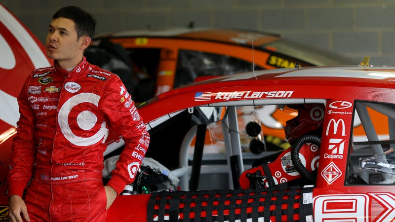 Illustration for article titled Kyle Larson Fainted In Autograph Session; Will Miss Today's Race