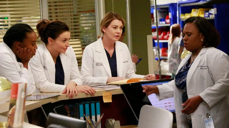 Twelve Seasons Later Greys Anatomy Brings Back Its Very First Patient