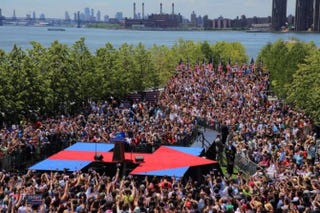 Crowd gathered on Roosevelt Island in New York City to hear Hillary Clinton June 13, 2015Hillary Clinton via Twitter