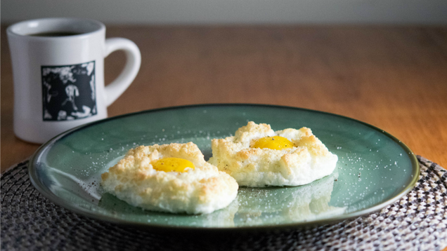 How to Make Fluffy, Trendy Cloud Eggs