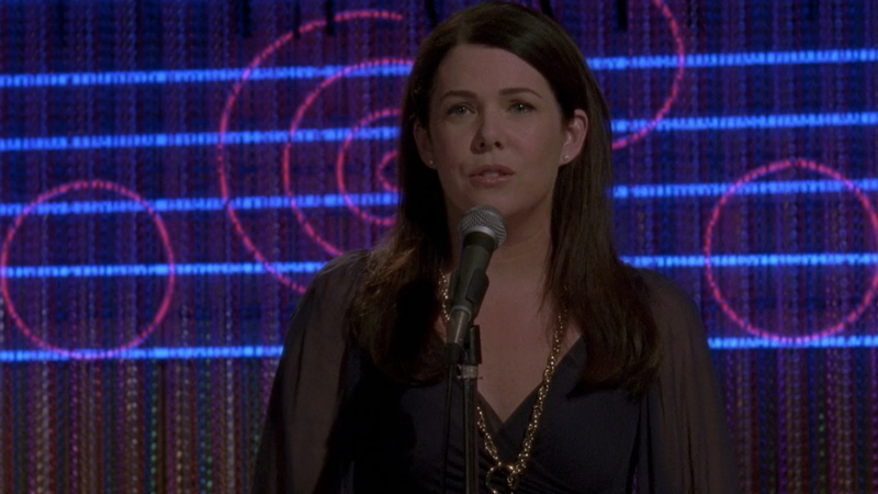 Illustration for article titled Lorelai pours her heart out in Gilmore Girls karaoke