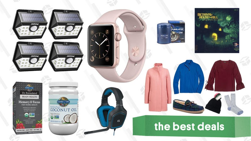 Illustration for article titled Friday's Best Deals: Apple Watches, USB-C Chargers, Purolator Filters, And More