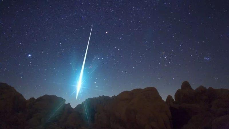 La lluvia de meteoros de las gemínidas de 2009 causó una de las bolas de fuego más brillantes que se recuerdan. Imagen: NASA