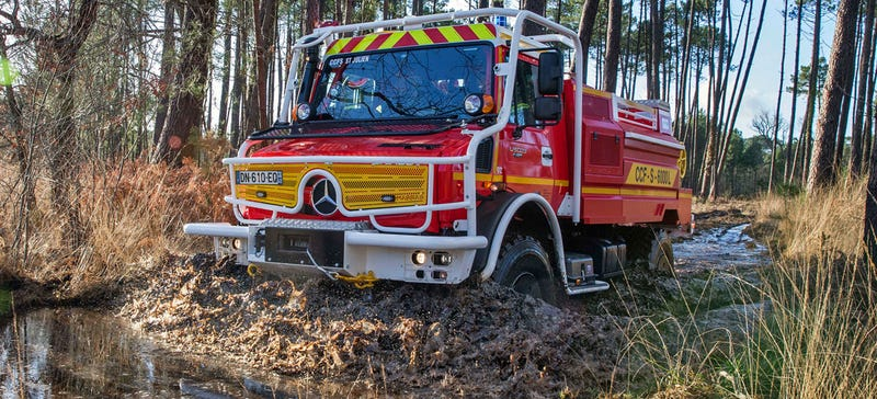 Illustration for article titled Forget A Mercedes Pickup, The Unimog Just Got Even Better Off-Road