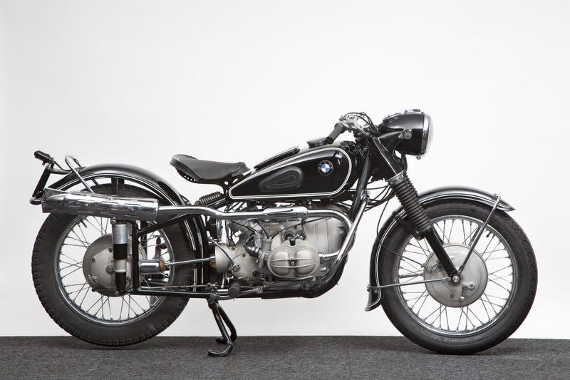 "Illustration for article titled BMW 1953 ISDT ""Enduro"""