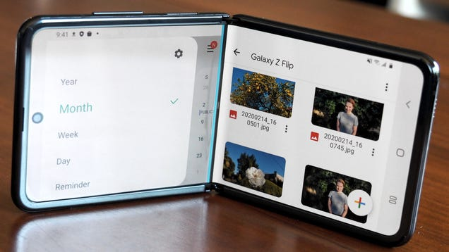 I m Convinced Samsung s New Foldable Phone Is the Perfect Size