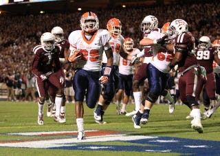 Illustration for article titled UTEP RB Crushes New Mexico, Who He Says Stood Him Up As A Recruit