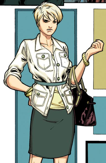 Illustration for article titled This Wednesday, Chloe from Smallville debuts in comics and Ianto pens Torchwood