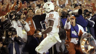 Illustration for article titled Vince Young Wishes He Had Returned To Texas For His Senior Year