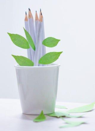 Illustration for article titled Adorable Bookmarks That Make Like a Leaf