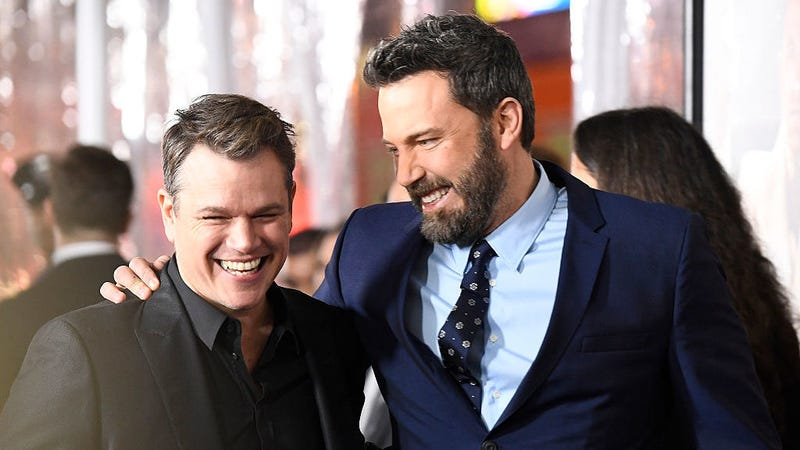 Illustration for article titled Matt Damon has been forced to comment on Ben Affleck's back tattoo