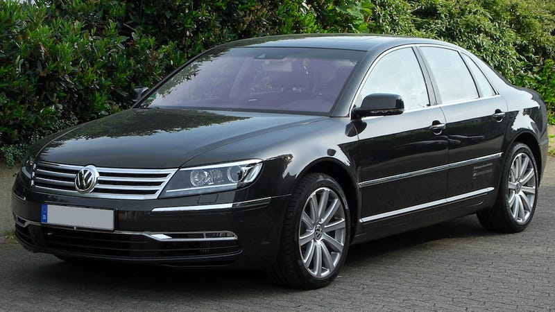 Illustration for article titled Why Does Volkswagen Want To Bring Back The Phaeton?
