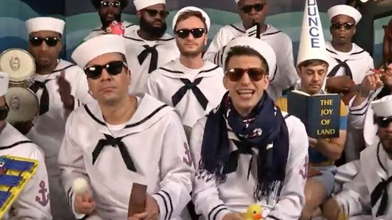 "Illustration for article titled The Lonely Island reprises ""I'm On A Boat"" on The Tonight Show"