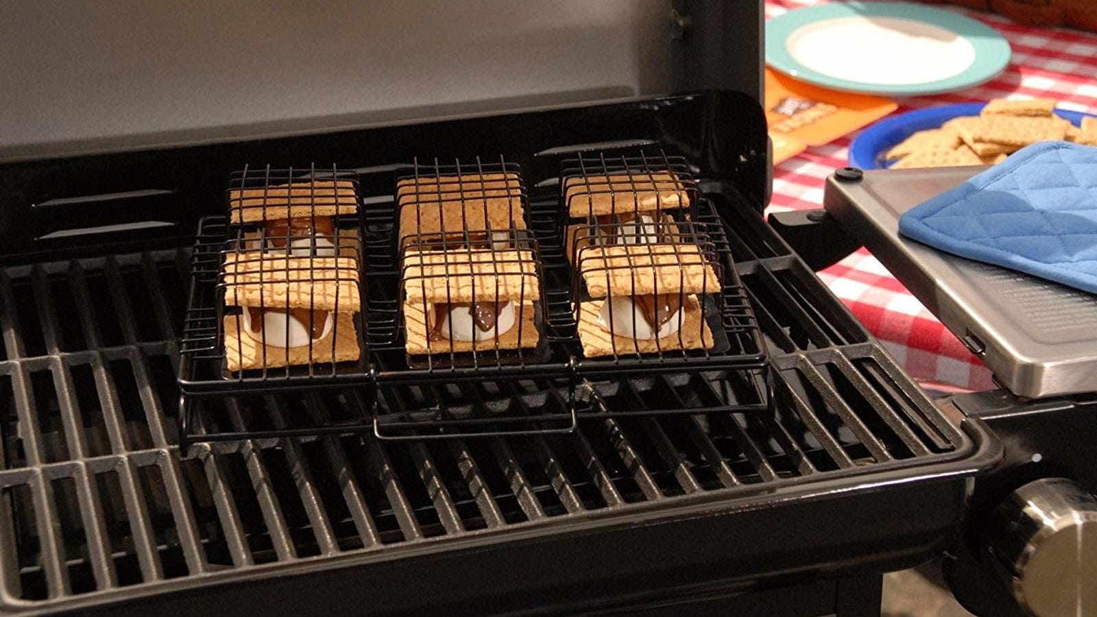 Calling All S'Mores Addicts, You Can Make 6 S'Mores at Once With This Nifty Tool