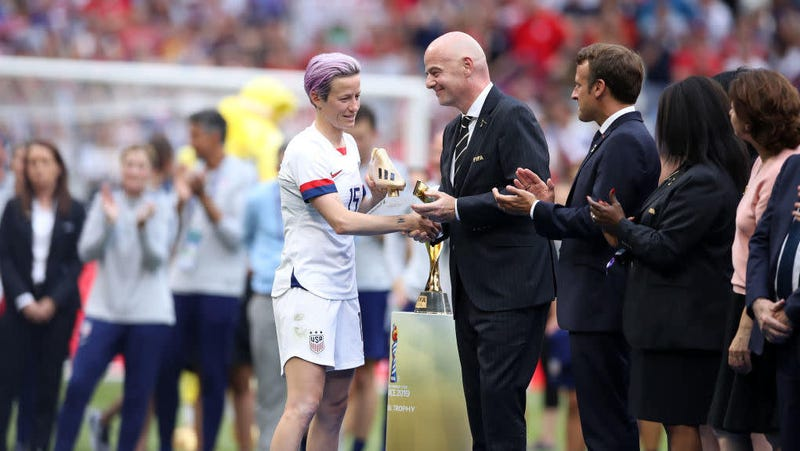 Illustration for article titled Megan Rapinoe On Fans Booing FIFA President: 'A Little Public Shame Never Hurt Anybody'