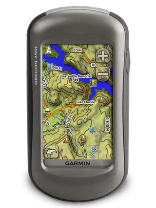 Illustration for article titled Garmin 450T Outdoor GPS Their Best (Without a Silly Camera)