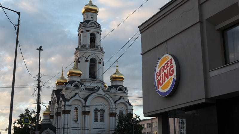 Illustration for article titled Burger King pulls ad promoting pushing Russian women to get impregnated by World Cup players