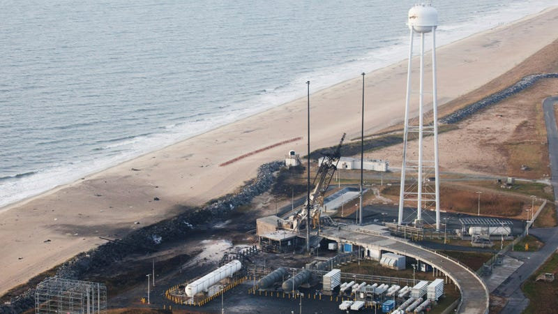 Illustration for article titled Antares Rocket Explosion Repairs Will Take A Year And Cost $20 Million