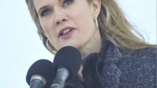 Stephanie March Has Endometriosis and Doesn't Care if You Know