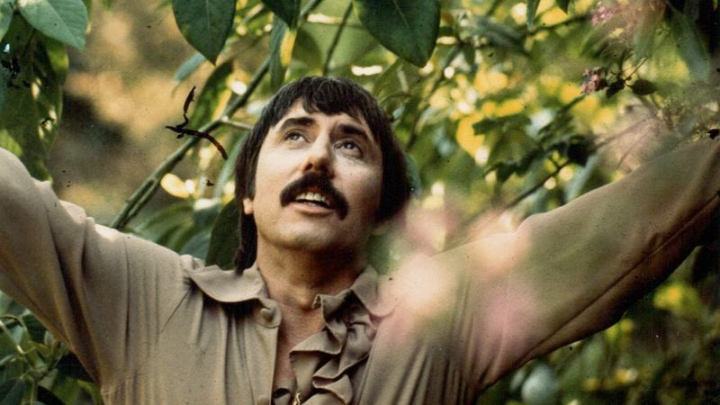 Illustration for article titled Where to start with the original psychedelic cowboy, Lee Hazlewood