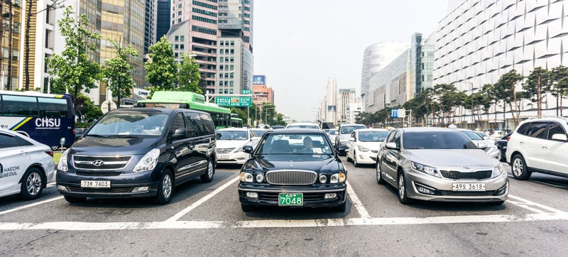 Illustration for article titled A Glimpse At Car Culture In South Korea
