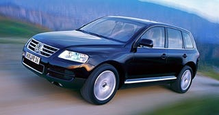 Illustration for article titled Clobberin' TIme: VW Touareg to Be First Among VW Hybrids