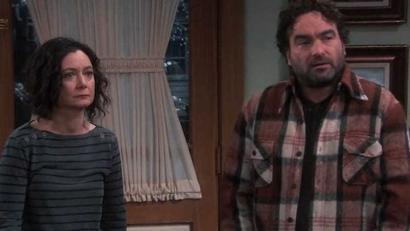 Sara Gilbert and Johnny Galecki reunite on Roseanne