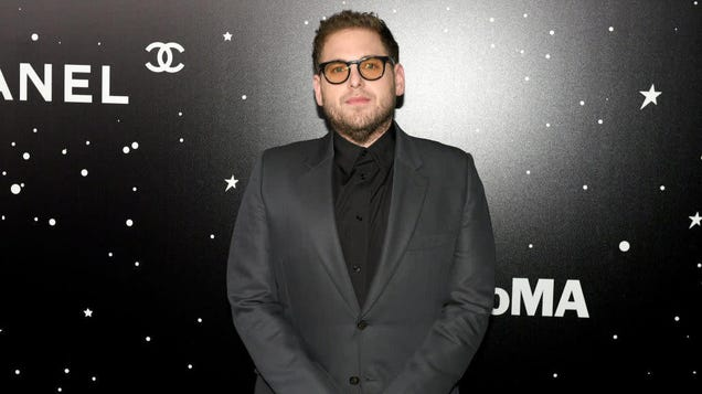 Attention, everyone: Jonah Hill has dropped his coffee