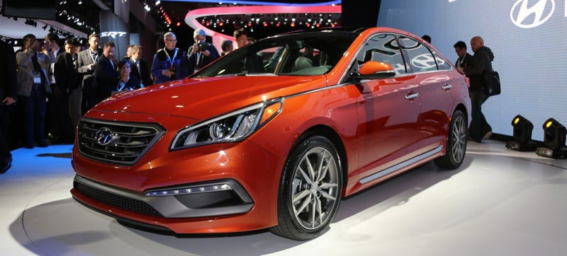 Illustration for article titled The 2015 Hyundai Sonata Is Large, Robust And Orange