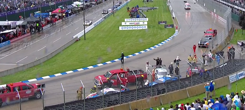Illustration for article titled United SportsCar's Detroit Race Ends With Chaotic Four-Car Pile-Up