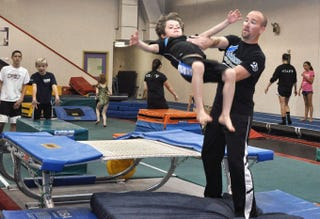Illustration for article titled Gymnastics is a Smart Choice for Better Brain Development