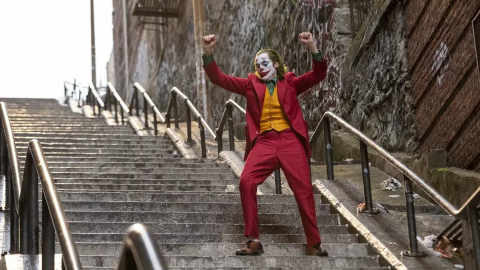 Kết quả hình ảnh cho joker 2019 dancing