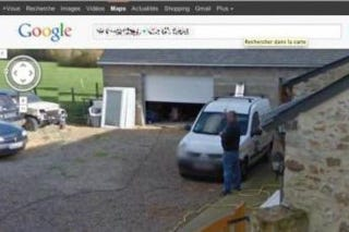 Illustration for article titled Peeing Frenchman Sues Google Over Embarrassing Street View Photo
